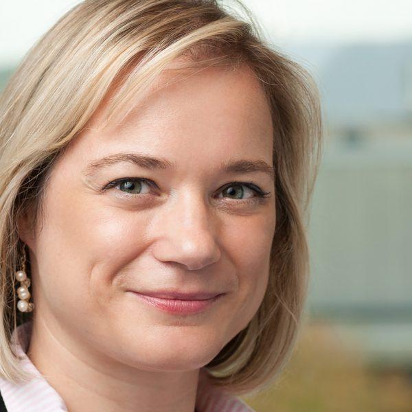 Isabelle Lombaert
